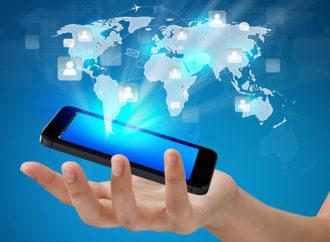 Casi la mitad de las personas en América Latina depende de sus móviles para llegar a su destino