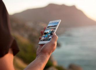 El 44% de los jóvenes convirtieron el uso tecnología móvil en un hábito cotidiano