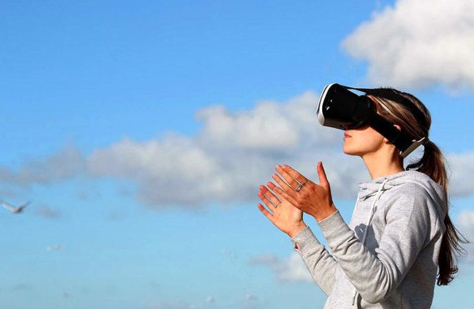 Realidad virtual: cómo mantener y nutrir las relaciones interpersonales a distancia