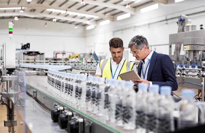Schneider Electric permite a las industrias controlar su rentabilidad en tiempo real