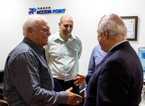 El gobernador de Santa Fe visitó las nuevas oficinas de ACCION POINT en Rosario