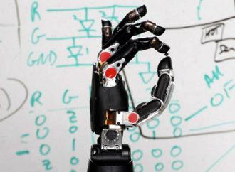 3 de cada 5 personas mejoraría sus capacidades físicas y cognitivas con la tecnología